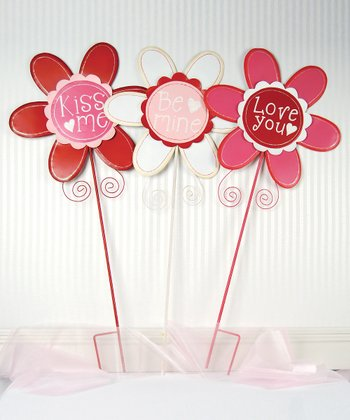 Love Bouquet Yard Stake Set