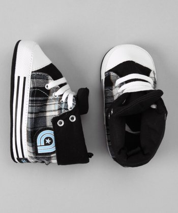 Akademiks Black Plaid Roll-Down Sneaker