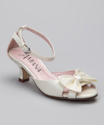 Amiana Ivory Shimmer Bow Dress Shoe
