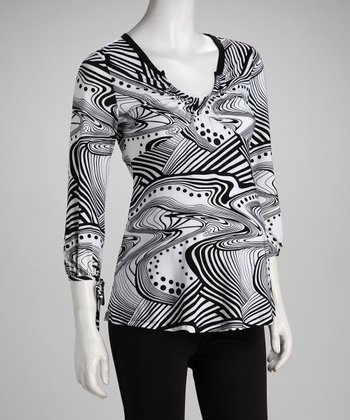 Black & White Swirl Scoop Neck Maternity Top