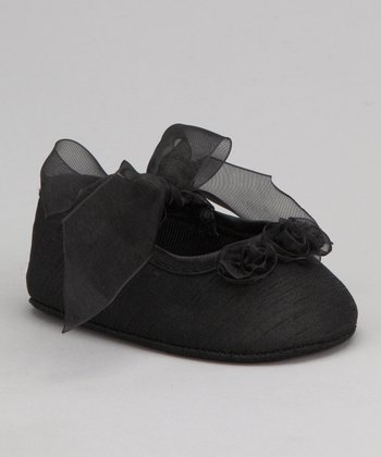 Black Ribbon Flat