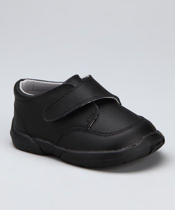 Black Padded Collar Shoe