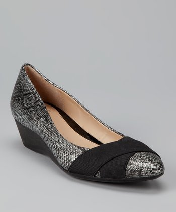 Pewter & Black Ymilia Flat