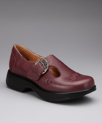 Mauve Macaw Buckle Shoe
