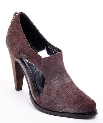 Brown Cutout Bee's Knees Pump