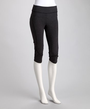 Black Space Dye Resistance Capri Pants