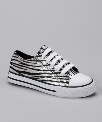 Black & White Wave Artesia Sneaker