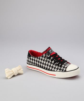 Black & Red Bama Twist Me Sneaker - Women
