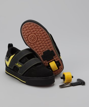 Black & Yellow Double-Wheel Dart Sneaker