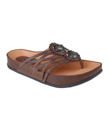 Almond Rhyme Sandal