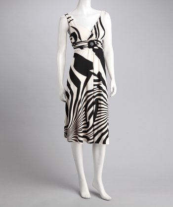 Black & White Abstract Stripe Dress