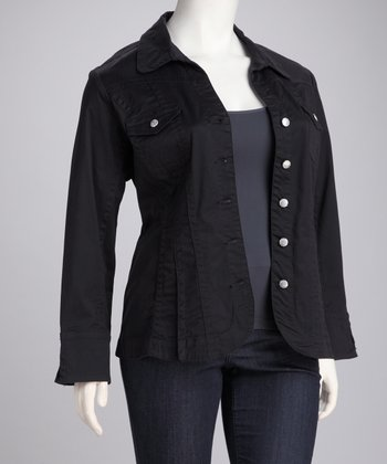 Black Pleated Plus-Size Jacket