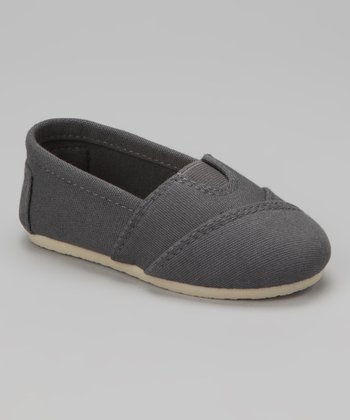 Gray Wrapped Panel Slip-On Shoe
