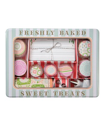 Freshly Baked Sweet Treats Set