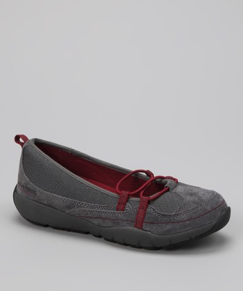 Dark Gray Wonder Retreat Shoe
