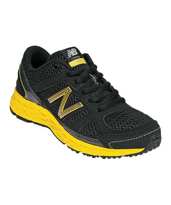 Black & Yellow Grade School KJ750 Running Shoe