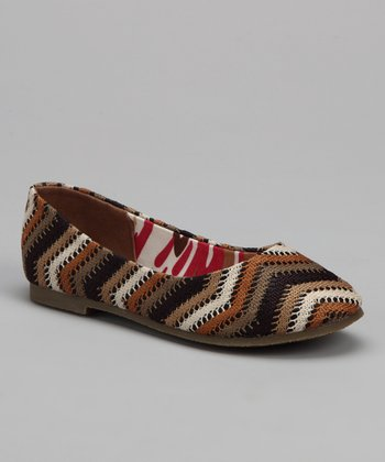 Brown & Tan Zigzag Flat