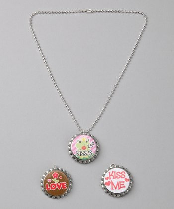Prissy Pop Tops 'Kiss Me' Bottle Cap Necklace Set
