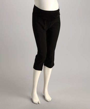 QT Maternity Black Over-Belly Maternity Capri Pants