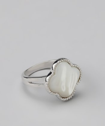 Mother-of-Pearl Clover Ring