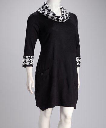 Black & White Houndstooth Cowl Neck Dress - Plus