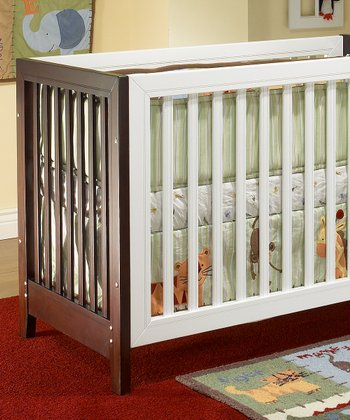 Two-Tone Convertible Commuter Crib