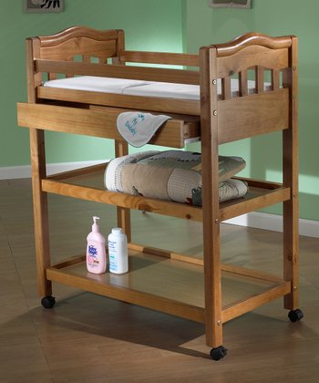 Oak & Pine Nicki Infant Changing Table