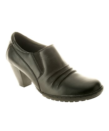 Black Leather Elevate Shoe
