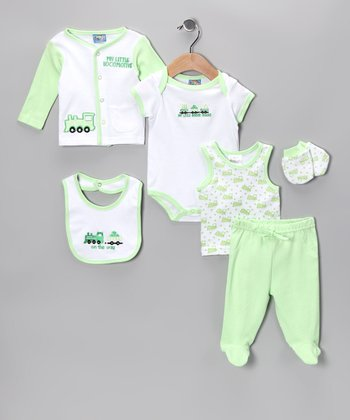 Green 'On the Way' Six-Piece Layette Set