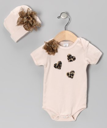 Tan Flower Heart Bodysuit & Beanie - Infant