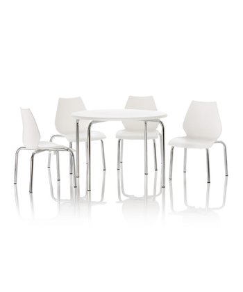 White Aloha Table & Chair Set