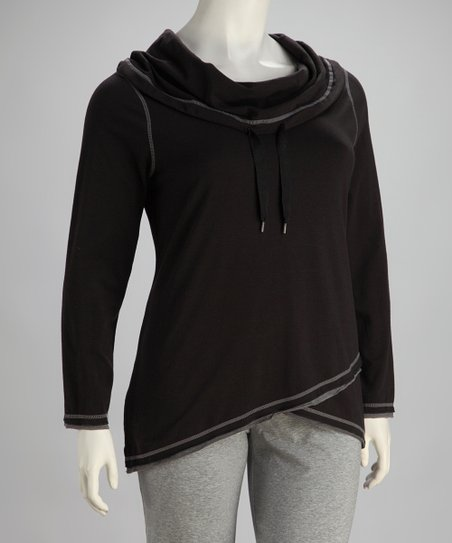 Black Hooded Pullover - Plus