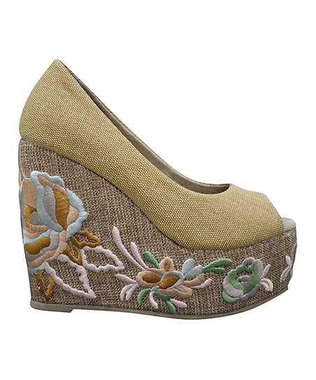 Natural Embroid Wedge