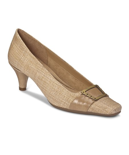 Light Tan Weave Cheerystem Pump