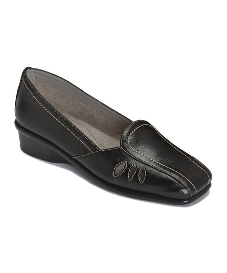 Black Medieval Loafer