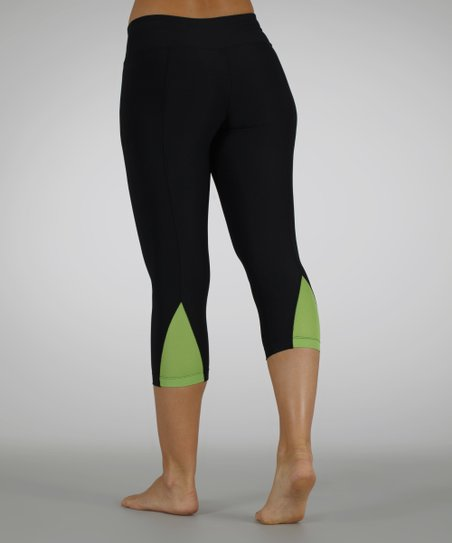 Granny Smith Capri Leggings