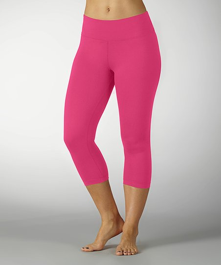 Knockout Pink Dry-Wik Capri Leggings