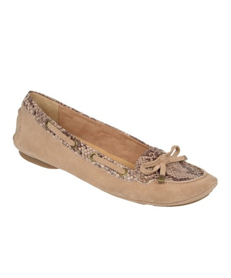 Mocha Taupe Enlight Leather Flat