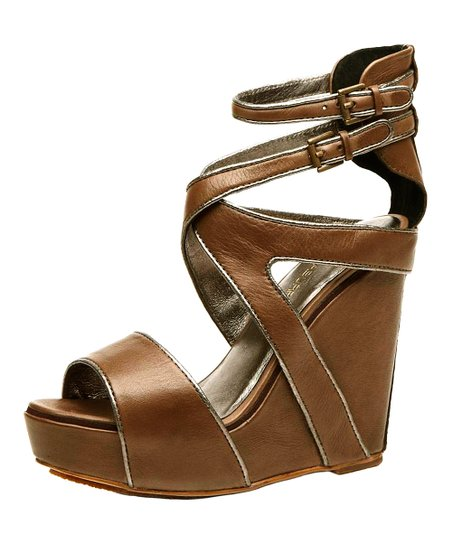 Truffle Whitney Wedge