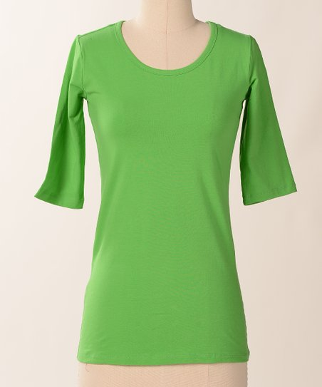 Vibrant Favorite Half-Sleeve Scoop Neck Tee