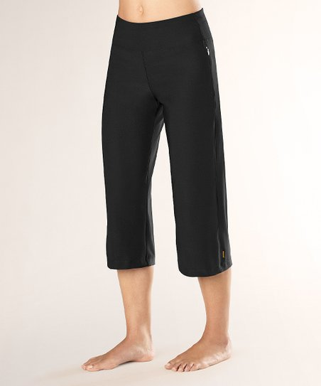 Black Everyday Capri Pants