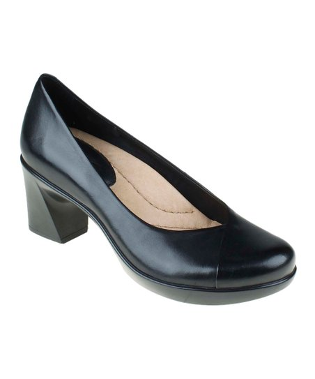 Black Tamarisk Shoe
