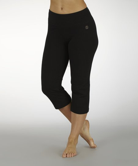 Black Embroidered-Waistband Capri Pants