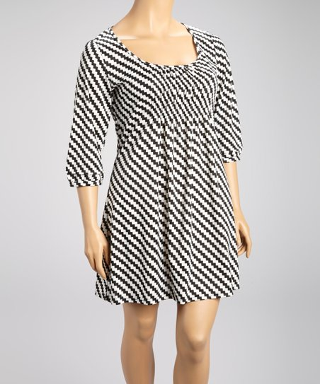 Black Mini Zigzag Shift Dress - Plus