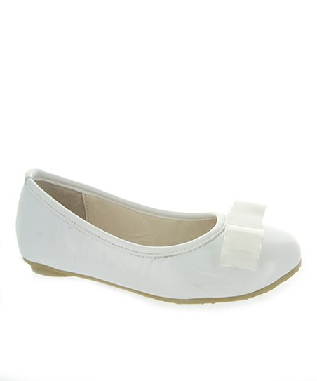Cloud Patent Bow Flat