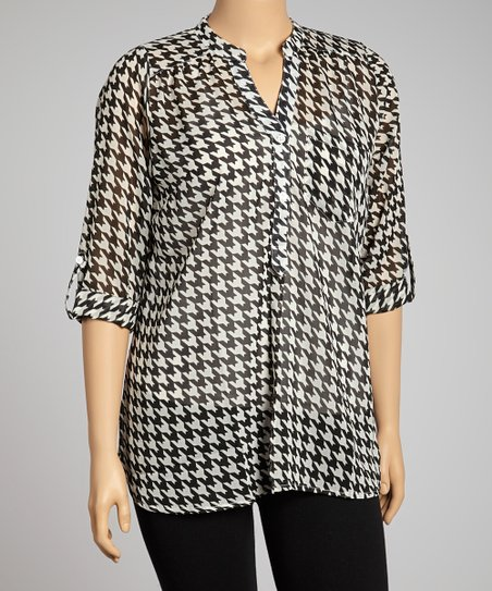 Black & White Houndstooth Button-Up - Plus