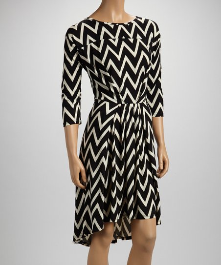 Black Zigzag Three-Quarter Sleeve Dress - Women