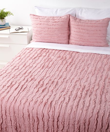 Dusty Rose Ruffle Quilt