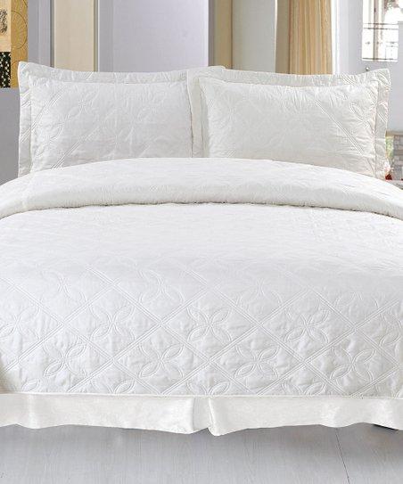 White Andrea Lavish Home Quilt Set