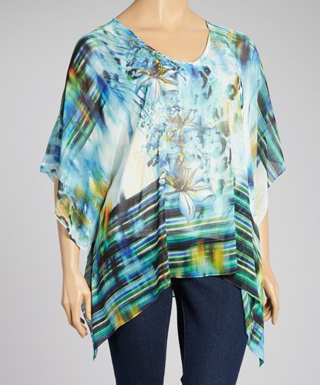 Beautified Inspiration Floral Cape-Sleeve Top - Plus